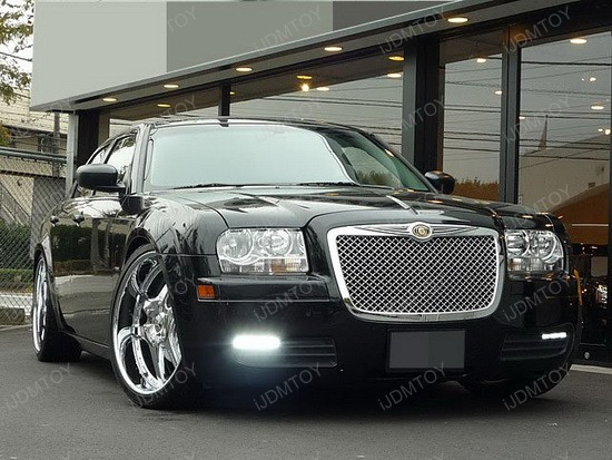 Chrysler - 300C - LED - daytime - running - lights - 3